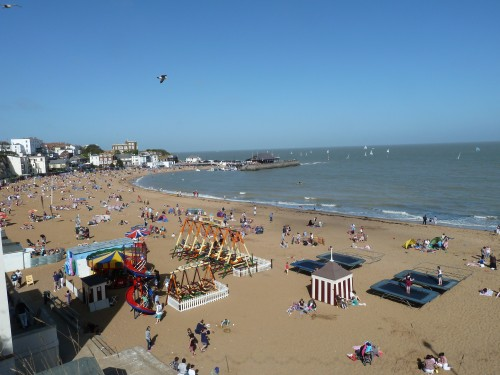 The Viking Bay Beach At Broadstairs April 2011