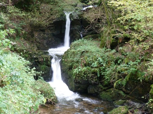 Watersmeet Waterfall Lynton Walking Route Devon Walks - Walks And Walking