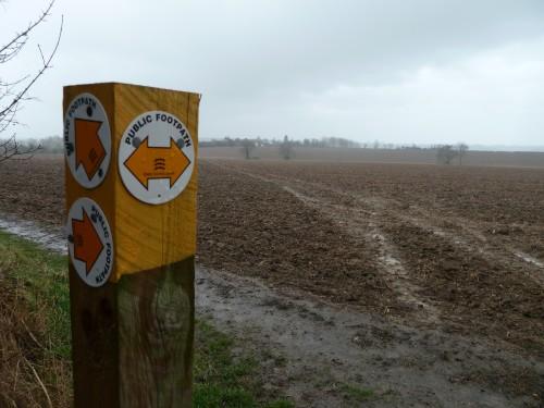 Walks And Walking - Essex Walks - Waltham Abbey to Epping Walking Route - Muddy Tracks