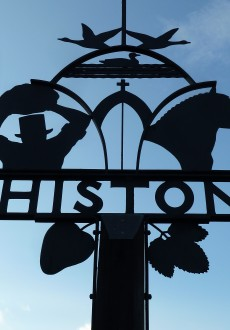 Walks And Walking - Milton Country Park Cambridge - Histon Village Sign