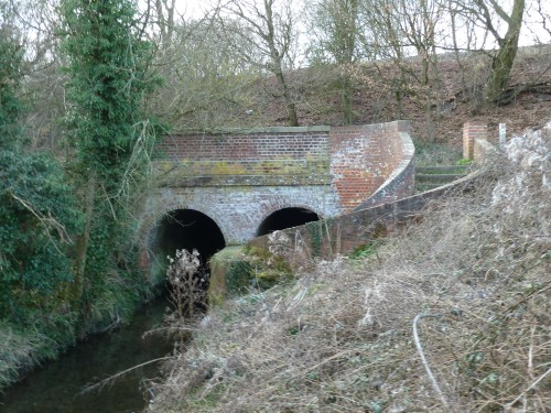Walks And Walking - Essex Walks - Billericay to Chelmsford Walking Route - Margaretting Railway Underpass