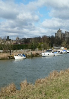 Walks And Walking - West Sussex Walks Arundel to Bognor Regis Walking Route - Arundel Castle
