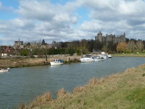 Walks And Walking - West Sussex Walks Arundel to Bognor Regis Walking Route - Arundel Castle