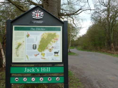Walks And Walking - Essex Walks Epping Forest Jacks Hill Walking Route - Jacks Hill Car Park