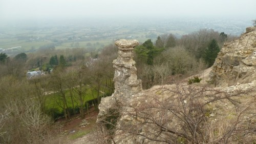 Walks And Walking - Cotswolds Walks Cheltenham Cotswold Way Walking Route - The Devils Chimney