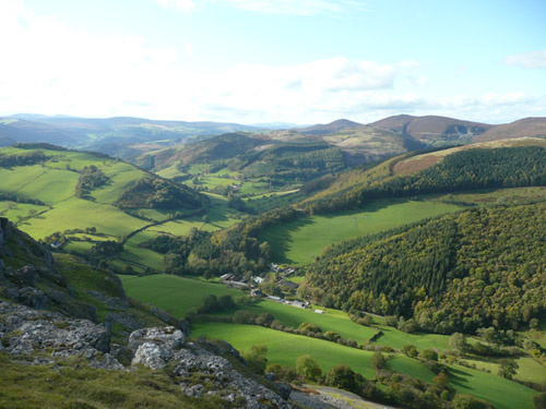 Walks And Walking - Winter Walks Across The Clwydian Range