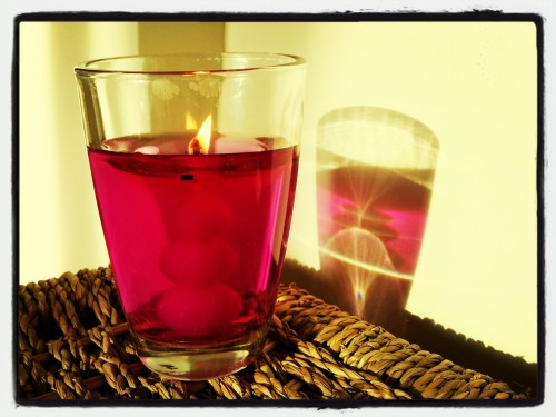 Lake District Midnight Berry and Shimmering Essential Pearls Air Wick candle (home)