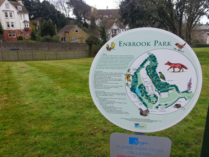 Walks And Walking - Sandgate Circular Walk in Kent - Enbrook Park
